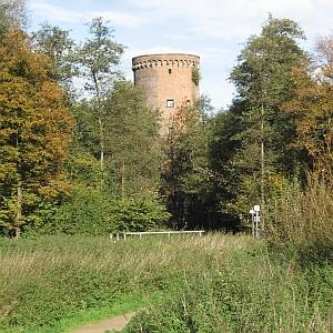 Als Geograph sieht man die Burg Uda mit wissentschaftlichen Augen